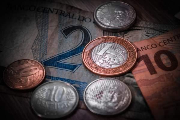 Como economizar e fazer dinheiro ao mesmo tempo