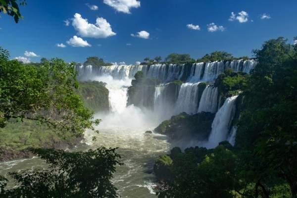 Viajar pelo Brasil gastando pouco