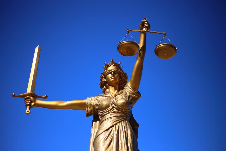 Kein Geld für einen Anwalt