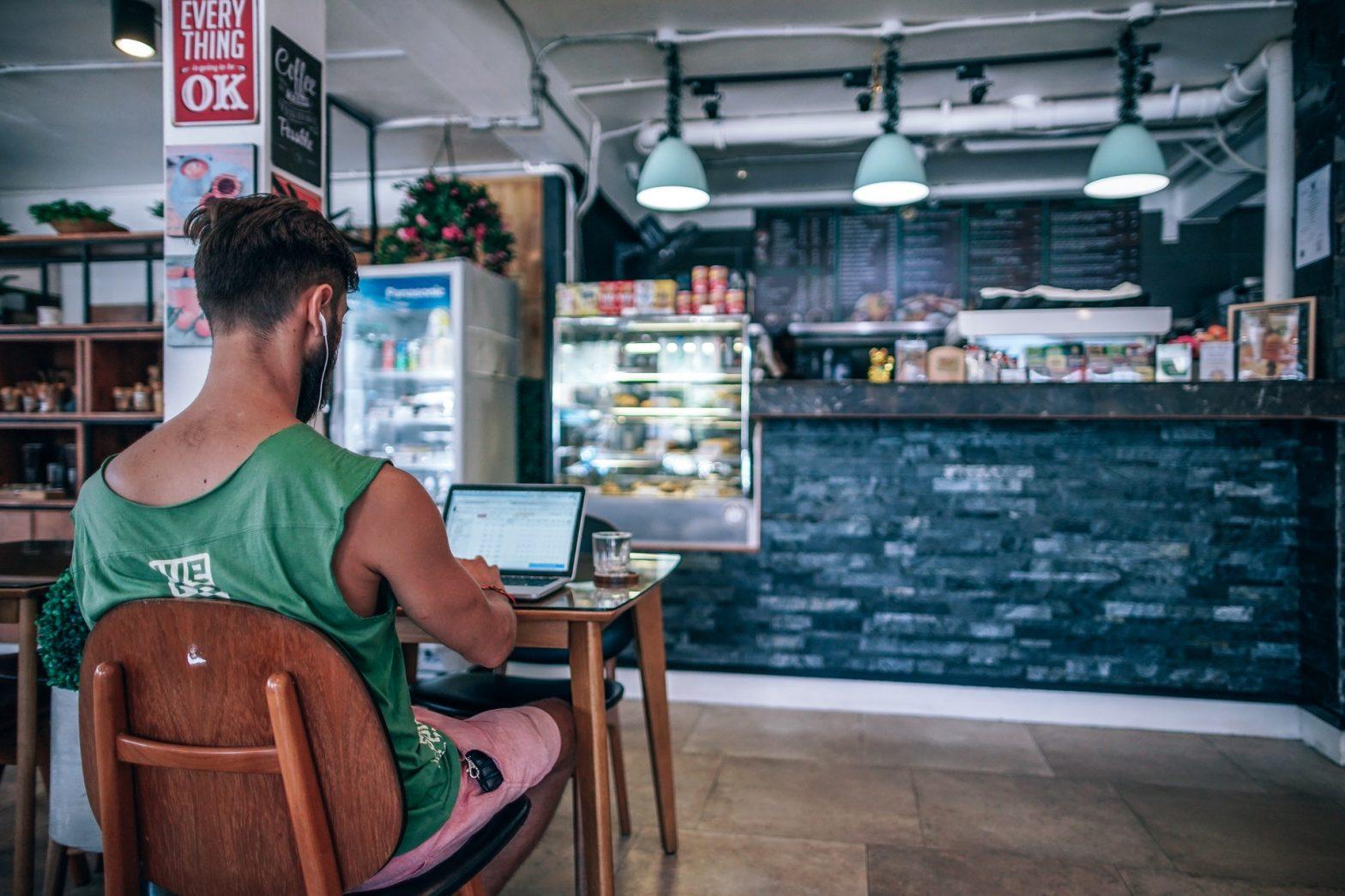 ¿Cómo Ganar Dinero como Freelance en Upwork?