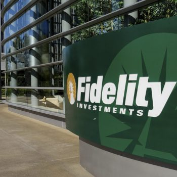 Fidelity vs Robinhood