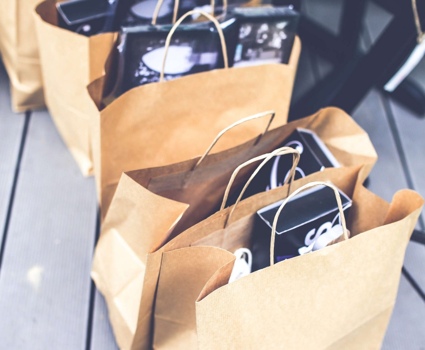 7 Of The Best Ways to Sell Stuff Online