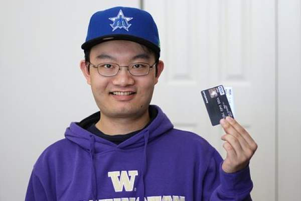 Credit Card for Students Without Income